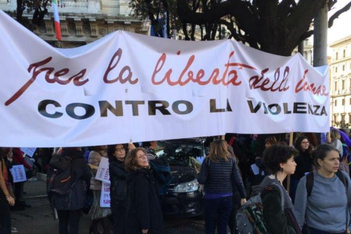 roma_corteo_donne_adn