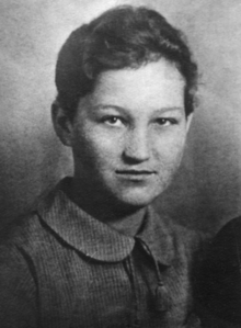 220px-Zoya_Kosmodemyanskaya,_1941